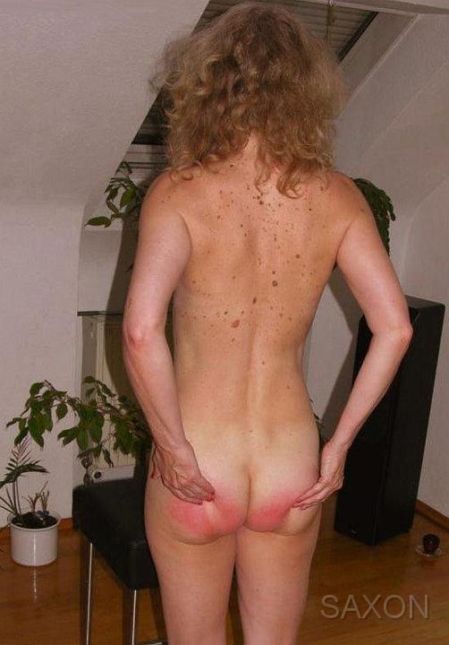 Free Paysite Passwords!: fetish.pornparks.com/saxon-spanking/photo_stories/caths_spankings...